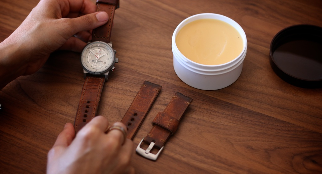 bas-and-lokes-handmade-leather-watch-straps-care-101.jpg